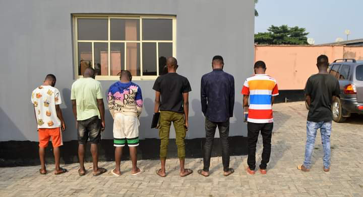 EFCC arrests seven  alleged Yahoo Boys in Ibadan. (Photos)